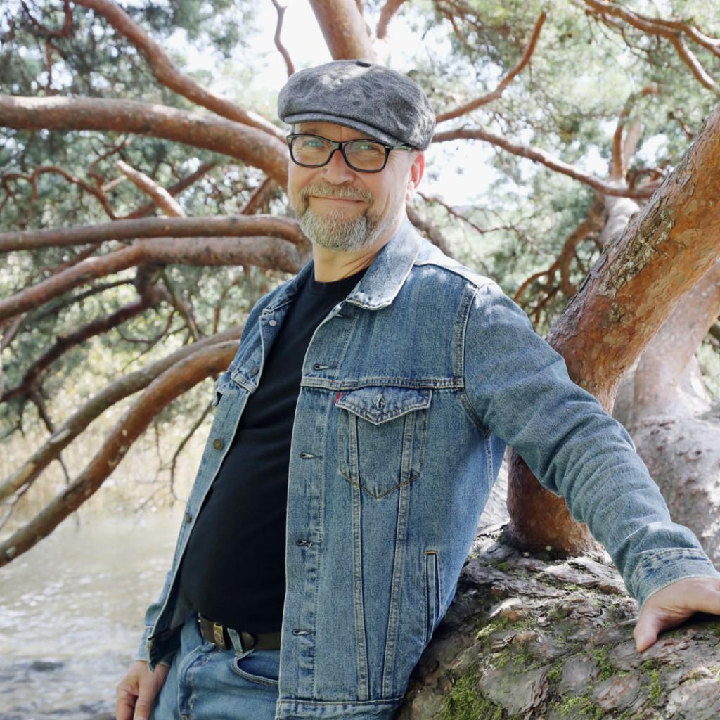 Maatilavalmentaja Hannu Iskanius