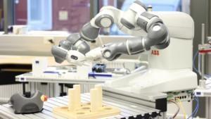 Robotiikan perusteiden koulutus verkossa.